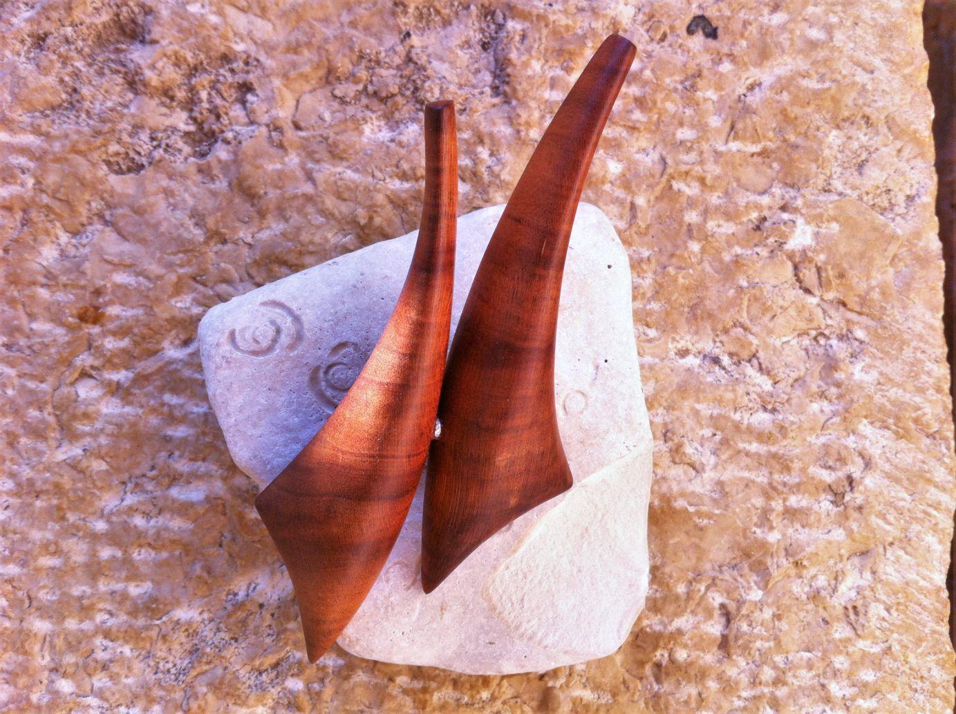 wooden brooches jewellery Vela cherry plum wood unique handmade sanisio artist design jewelry