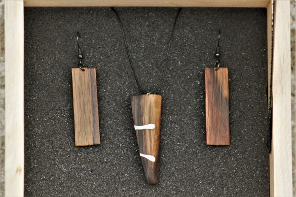 unique wooden jewellery set sanisio holm oak