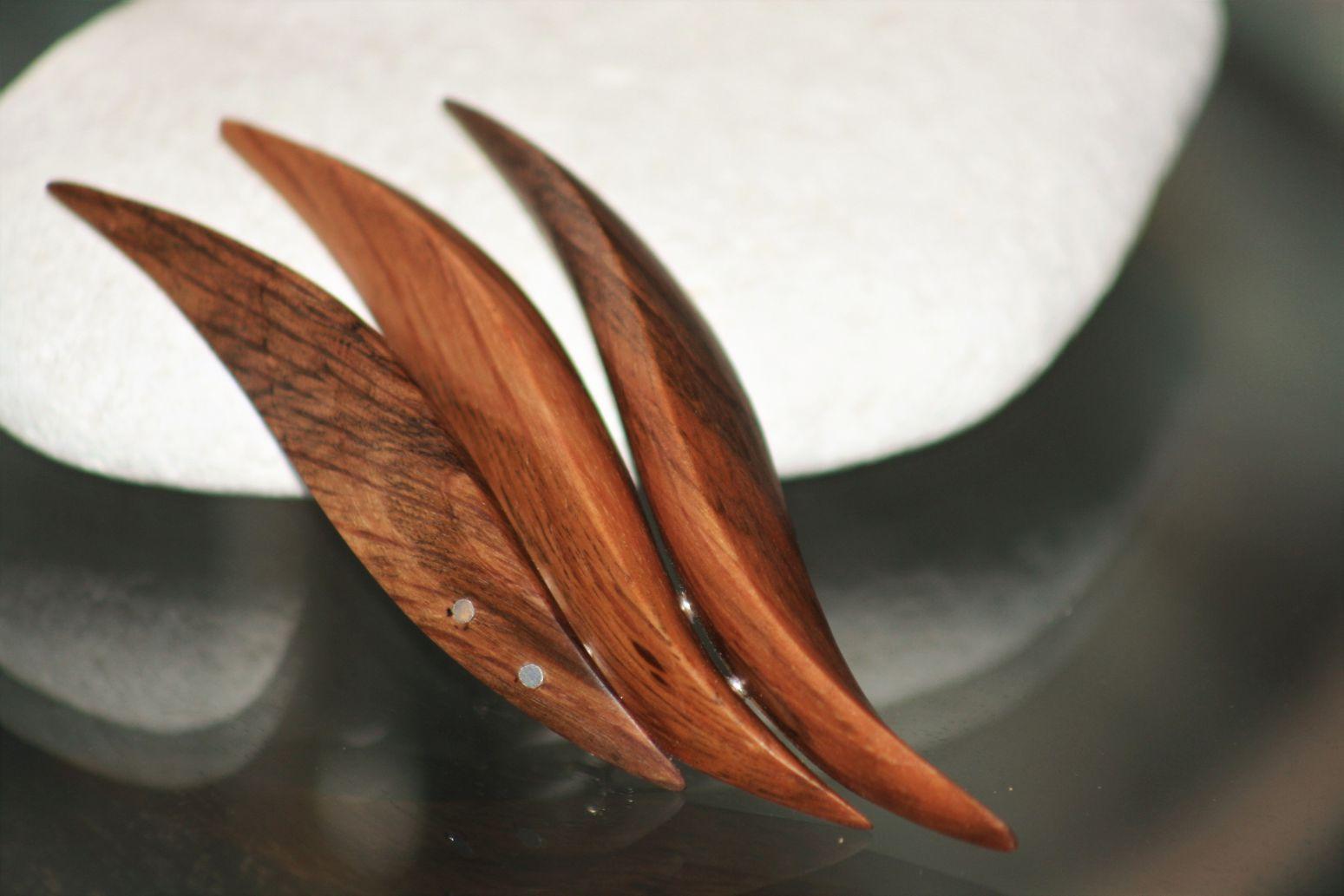 wooden brooches jewellery Marina Mediterranean holm oak wood unique handmade sanisio artist design black oak jewelry