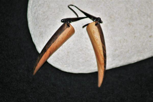 wooden earrings sanisio holm oak apricot
